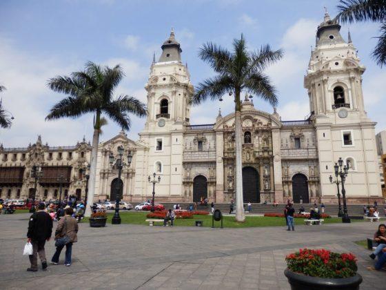 Die prächtige Kathedrale mit dem Bischofspalast